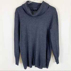 NWOT Cable & Gauge Oversized Turtleneck Sweater